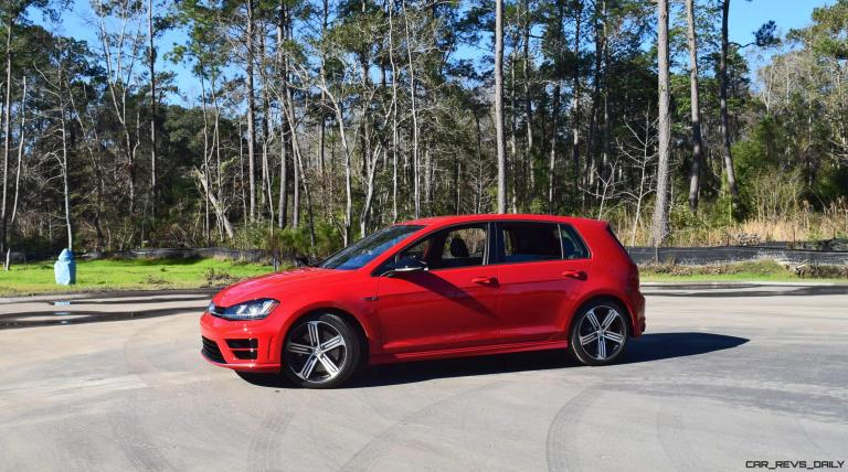 2017 VW Golf R Review 12