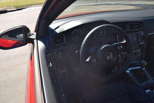 2017 VW Golf R Review 25