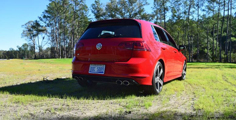 2017 VW Golf R Review 35