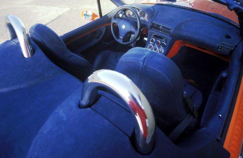 1997_V8_Roadster_05_300