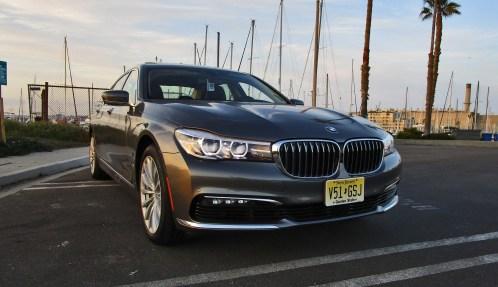 2017 BMW 740e 16