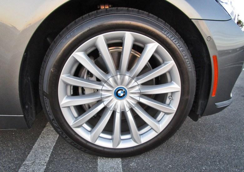 2017 BMW 740e 4