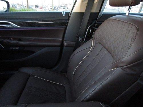 2017 BMW 740e Interior 10