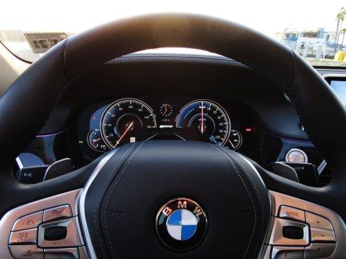 2017 BMW 740e Interior 31
