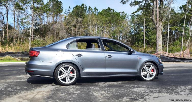 2017 VW Jetta GLI DSG Automatic - HD Road Test Review 22