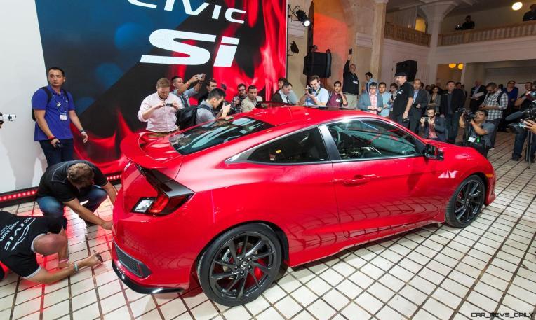 Honda_Civic_Si_Prototype_09