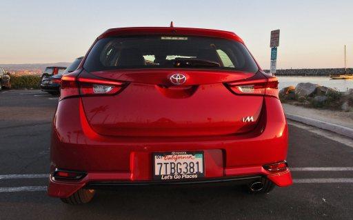 2017 Toyota Corolla iM Review 6