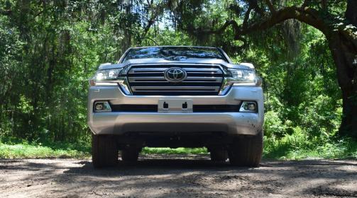 2017 Toyota LAND CRUISER 18