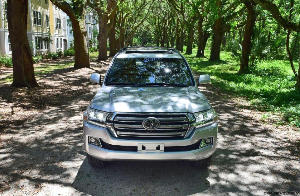 2017 Toyota LAND CRUISER Oak Driveway 15