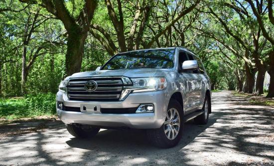 2017 Toyota LAND CRUISER Oak Driveway 17