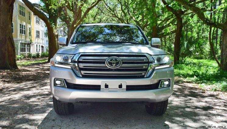 2017 Toyota LAND CRUISER Oak Driveway 2
