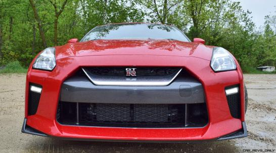 2017 Nissan GT-R Review 11