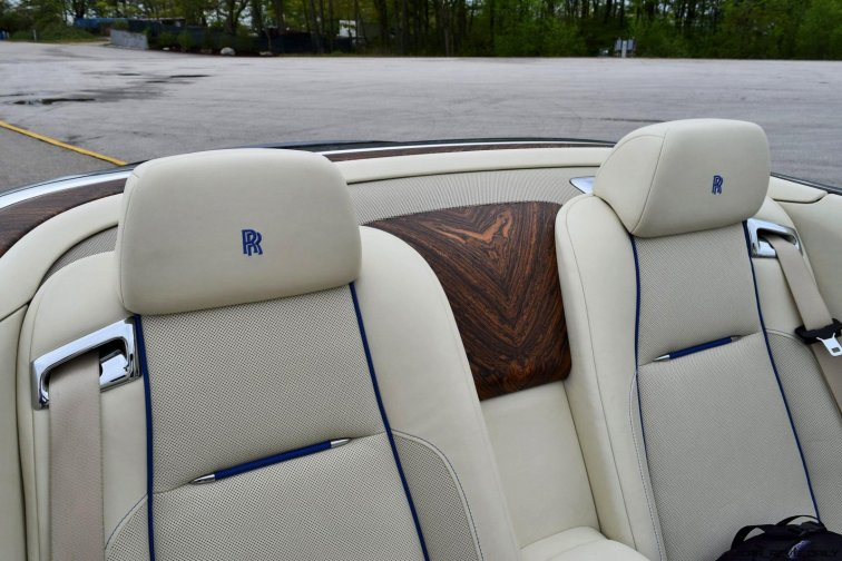 Rolls Royce Dawn INTERIORS 10