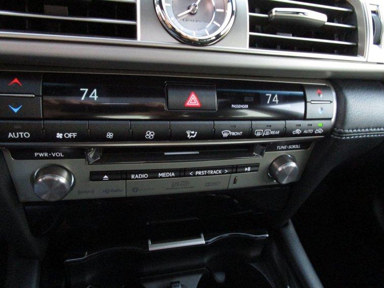 2017 Lexus LS460 F Sport Interiors 3