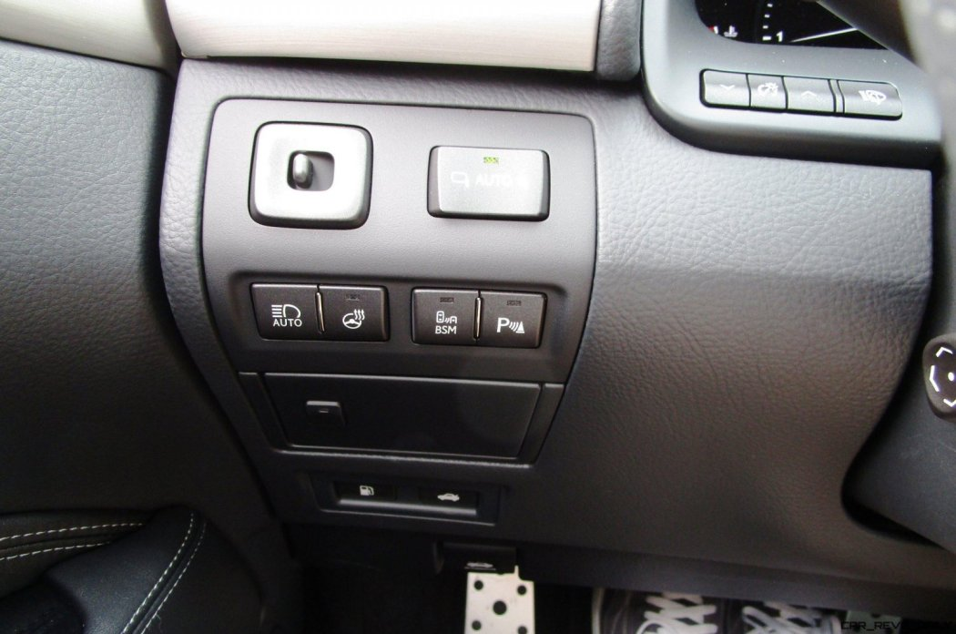 2017 Lexus LS460 F Sport Interiors 38