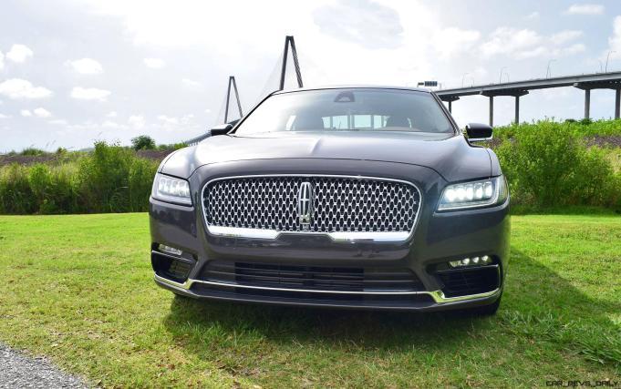 2017 Lincoln Continental 3