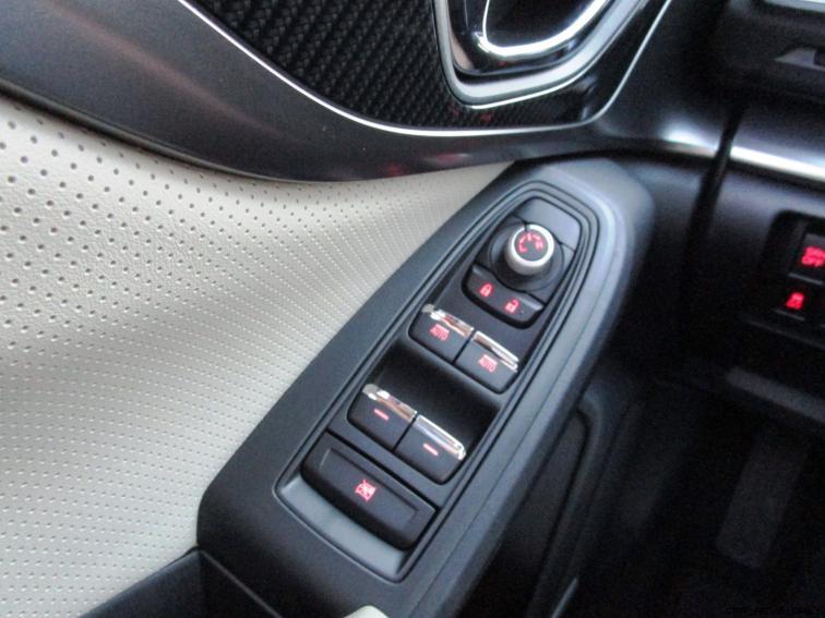 2018 Subaru Impreza INTERIOR 7