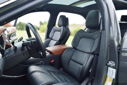 Lincoln Continental 2017 Interior 20