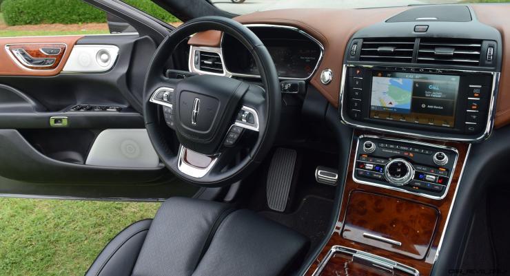 Lincoln Continental 2017 Interior 4