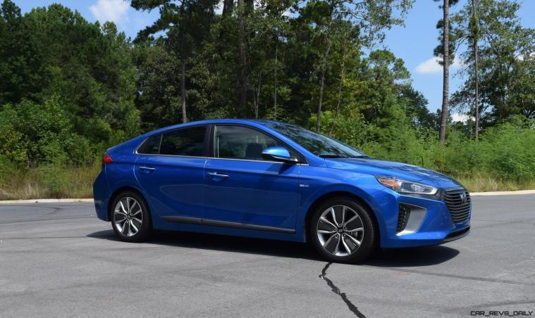 2017 Hyundai Ioniq Hybrid EXTERIOR 15
