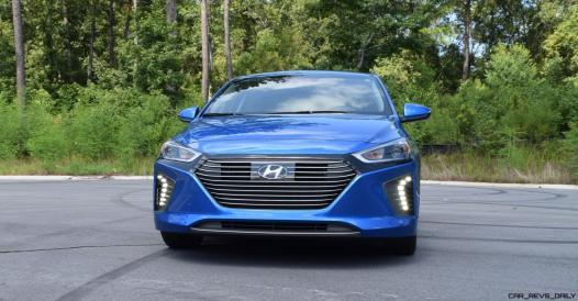 2017 Hyundai Ioniq Hybrid EXTERIOR 9