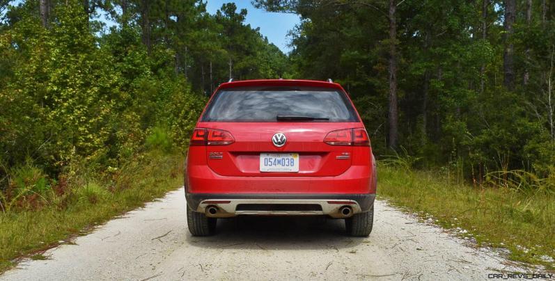 2017 VW Golf Alltrack S 14