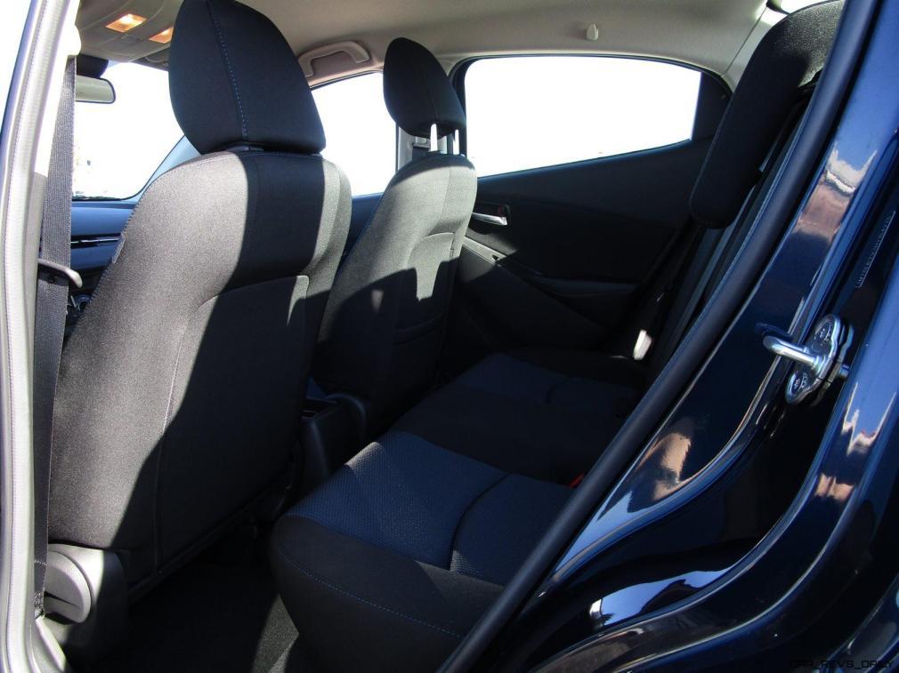 2017 Toyota Yaris iA18