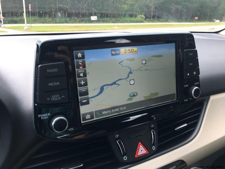 2018 Hyundai Elantra GT Interior 13