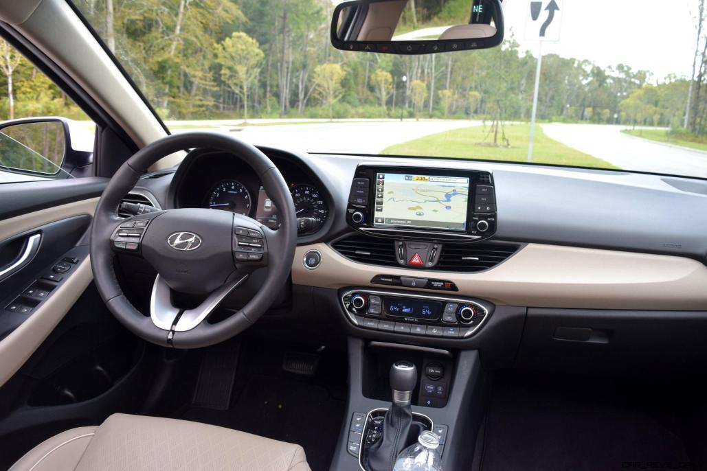2018 Hyundai Elantra GT Interior 2