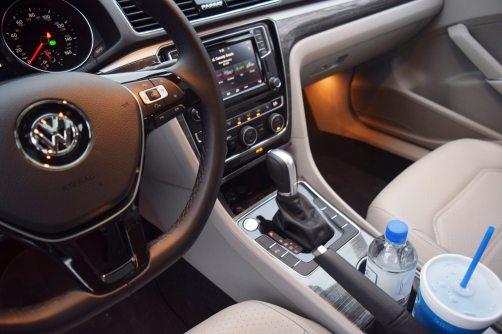 2018 VW Passat SE 18