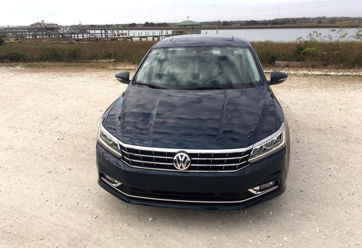 2018 VW Passat SE 30