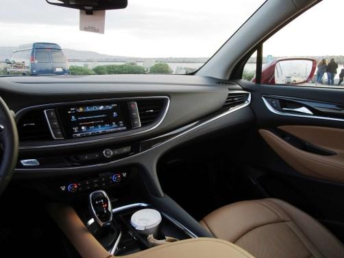 2018 Buick ENCLAVE Interior 16