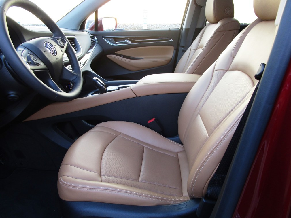 2018 Buick ENCLAVE Interior 22
