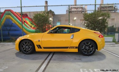 2018 Nissan 370Z Coupe Heritage Edition 11