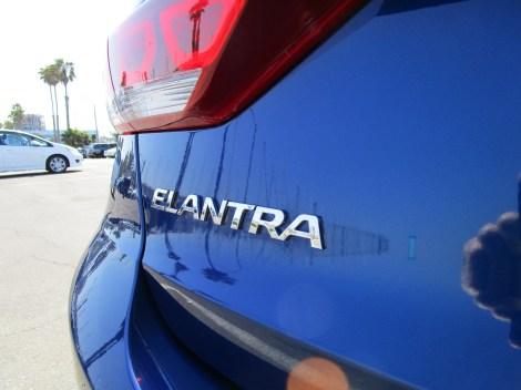 2018 Hyundai Elantra Limited 9