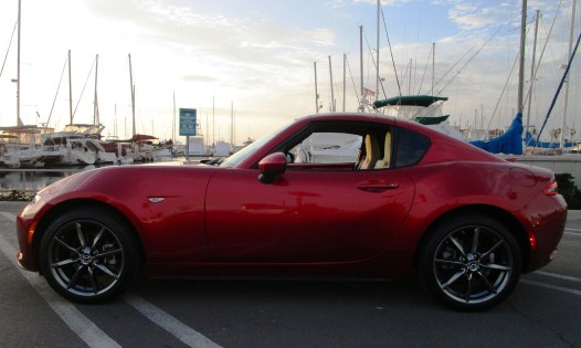 2018 Mazda MX-5 Miata RF 10