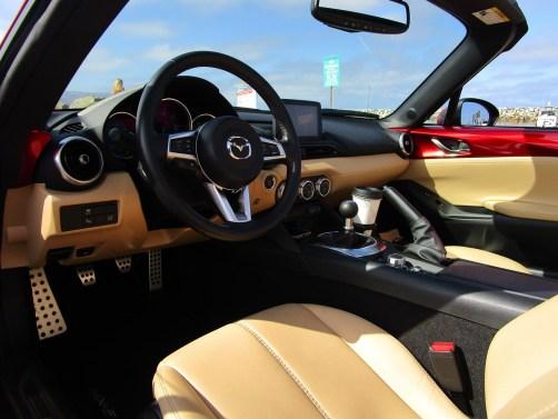 2018 Mazda MX-5 Miata RF - Interior Photos 20