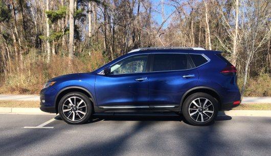 2018 Nissan ROGUE Platinum Reserve 19