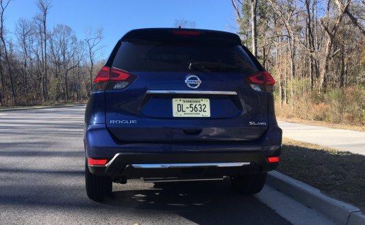 2018 Nissan ROGUE Platinum Reserve 23