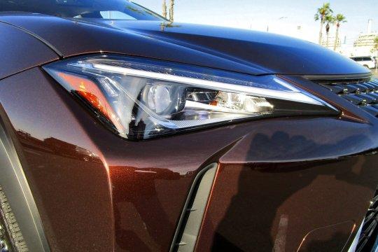 2019 Lexus UX200 6