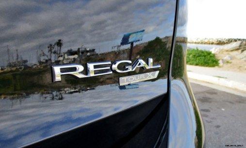 2019 Buick Regal TourX 18