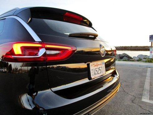 2019 Buick Regal TourX 9