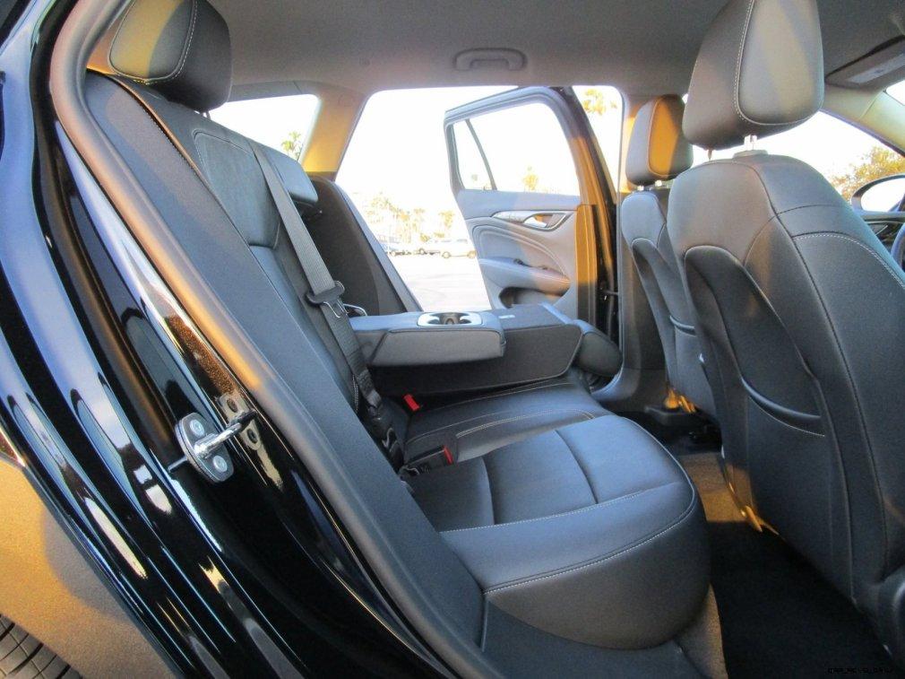 2019 Buick Regal TourX Essence AWD Interior Photos Ben Lewis 7