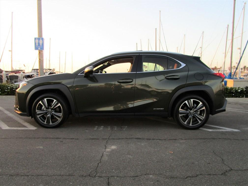2019 Lexus UX 250h Hybrid (22)