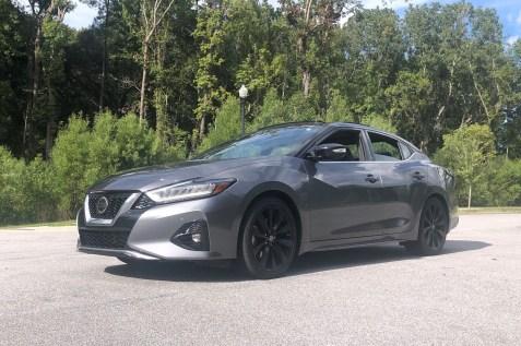 2019 Nissan Maxima SR (9)