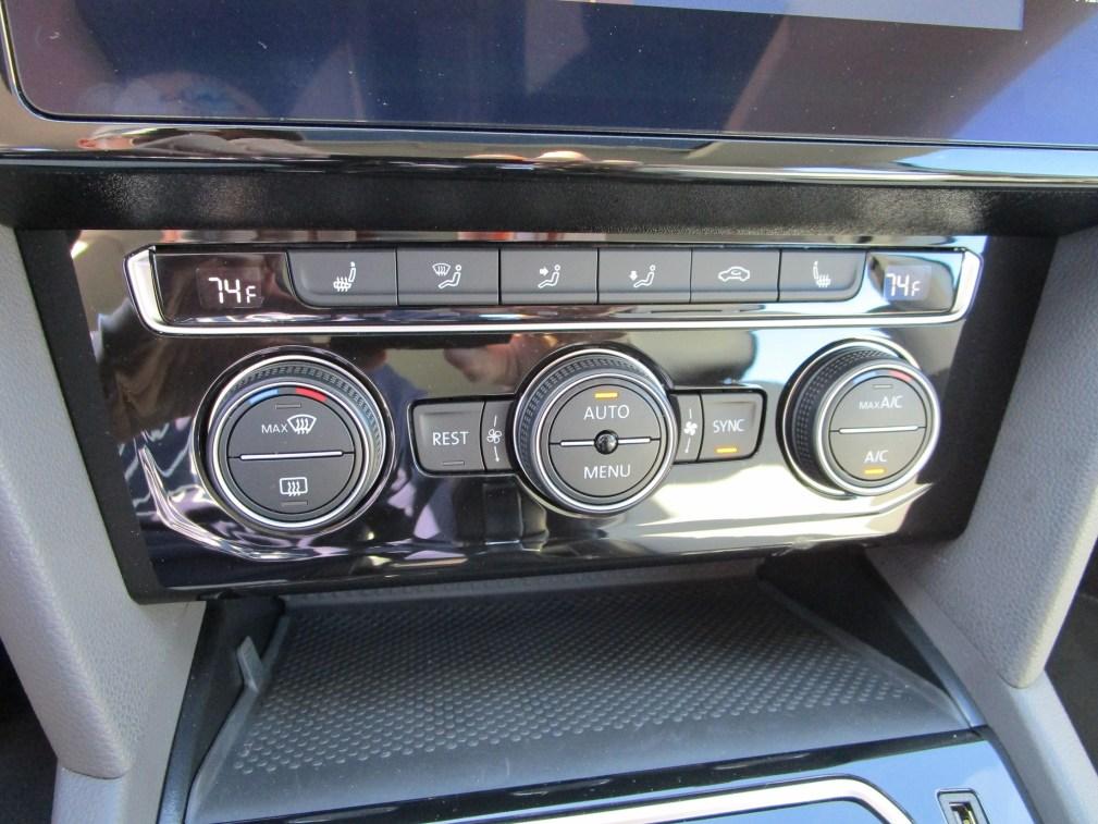 2019 Volkswagen Arteon SEL 4Motion (41)