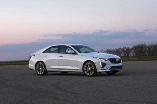 2020-Cadillac-CT4-Sport-017
