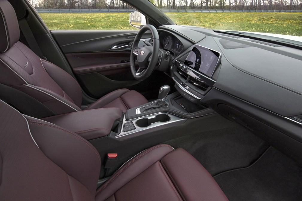 2020-Cadillac-CT4-Sport-020