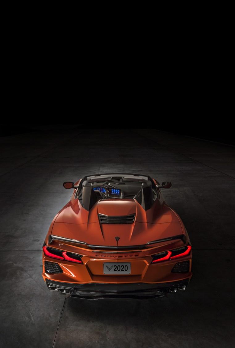 2020-Chevrolet-Corvette-Stingray-Convertible-013