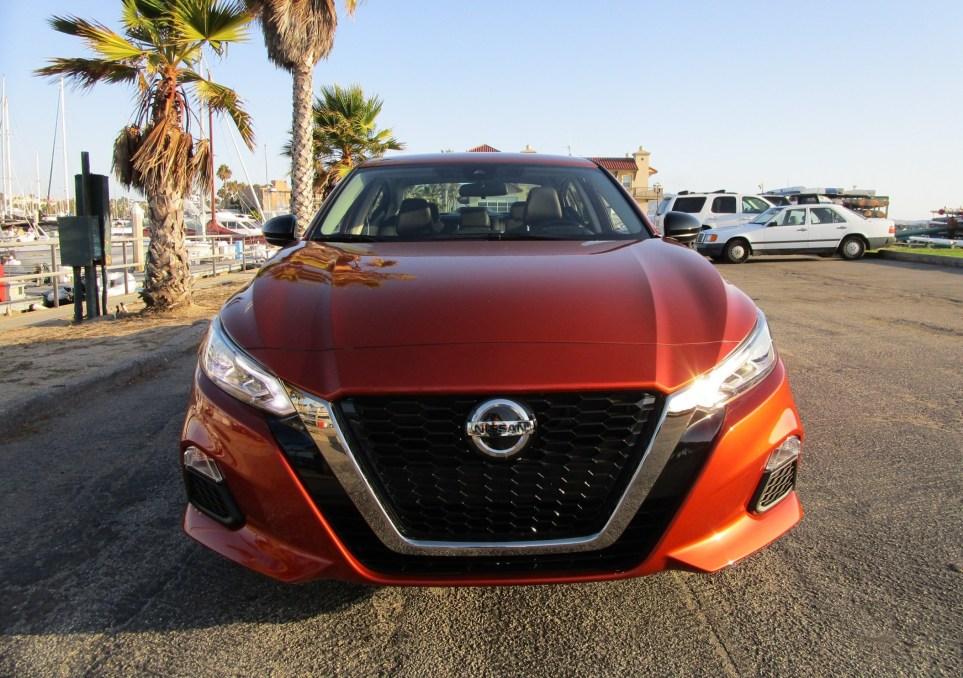 2020 Nissan Altima AWD (2)